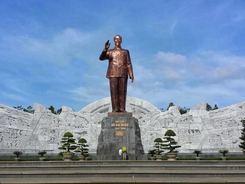 https://baolongbrass.com/Uploads/images/tin-tuc/bao-gia-duc-tuong-dai-cho-cac-tinh-dia-phuong-2.jpg